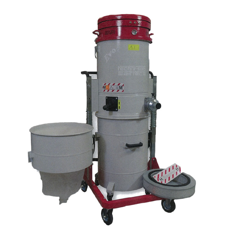 Aspirateur TNS EVO 4, avec cuve de 100 litres, ou système de Longopac (20m de sac)